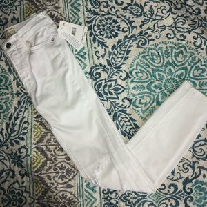 Free People Busted Knee White Jeans NWT